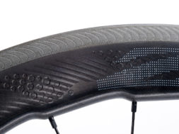Zipp 454 NSW carbon clincher 03