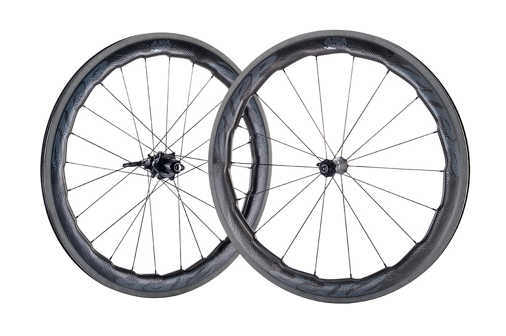 Zipp 454 NSW carbon clincher 02