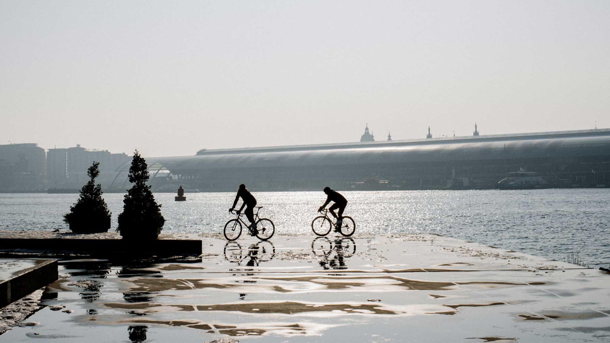 Rapha Rides komt naar Amsterdam! Proef de fietscultuur in eigen land